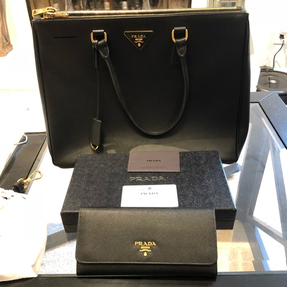 Prada Bags   2016 Saffiano Lux Purse And Wallet   Poshmark a5ee9b2d39